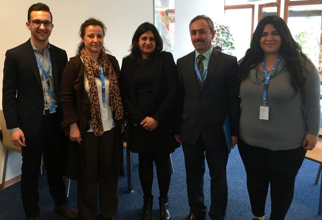 Participants meet with Suki Nagra, lead author of the UN report detailing war crimes and crimes against humanity against Assyrians in Iraq by the so-called Islamic State